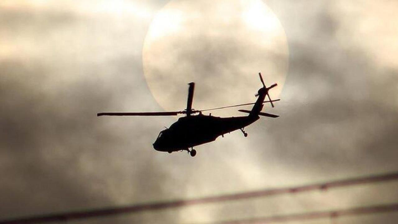 Hulusi Akar, harekata katılan pilotları telsizden kutladı